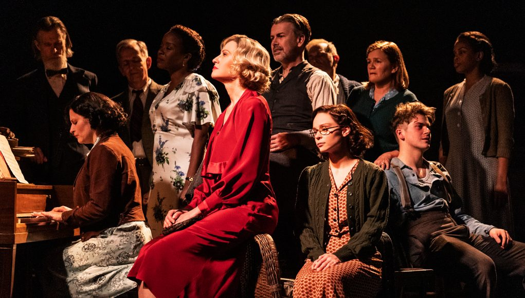 'Girl From the North Country': A Dylan Musical Worth Seeing Makes It to Broadway