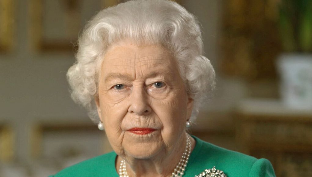 Twitter Fans Yearn For A Leader Like The Queen After Moving Speech