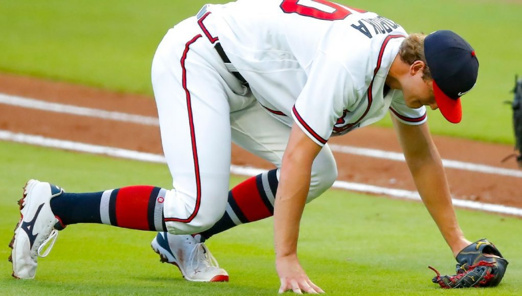 Braves ace Mike Soroka helped off field with injured leg