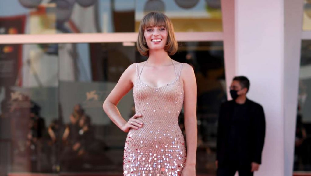 Let's Appreciate Maya Hawke's Gorgeous Appearance at the Venice Film Festival, Because Wow