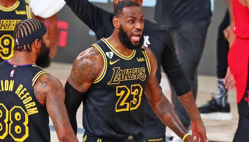 Lakers vs. Rockets score, takeaways: LeBron James and Anthony Davis combine for 62 points as L.A. evens series