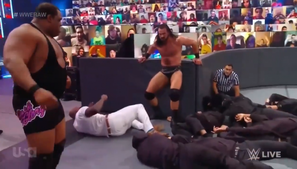 WWE Raw results, recap, grades: Retribution interference in main event leads to chaotic ending